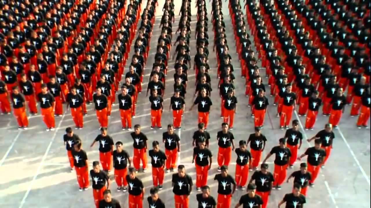 танец заключенных